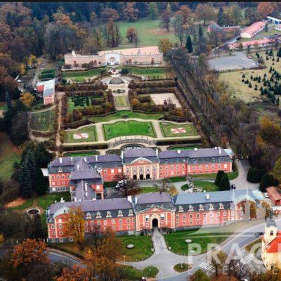 Czech Event Venue - Dobris Castle 8
