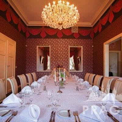 Stylish Restaurant Prague - Villa Richter 7