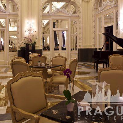 Prague Meeting Venue - Boscolo Bank Lobby 5
