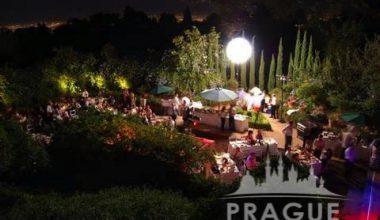 Prague Meeting AV - Inflatable Lighting