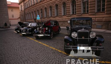 Group Transportation Prague - Antique Cars 6