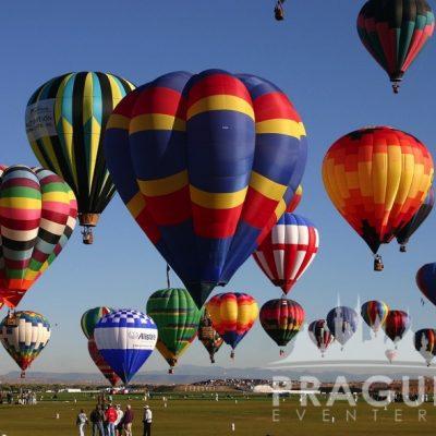 Prague Group Activities - Hot Air Balloon 7
