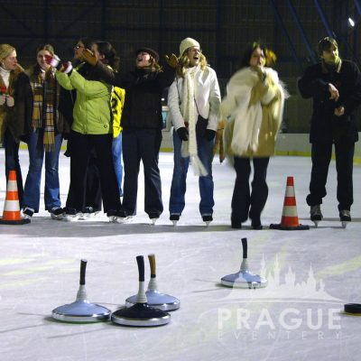 Prague Teambuilding - Ice Stock 4
