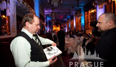 Prague Party Activities - Party Caricaturists 6