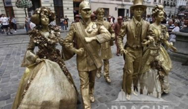 Prague Events - Living Statues 1