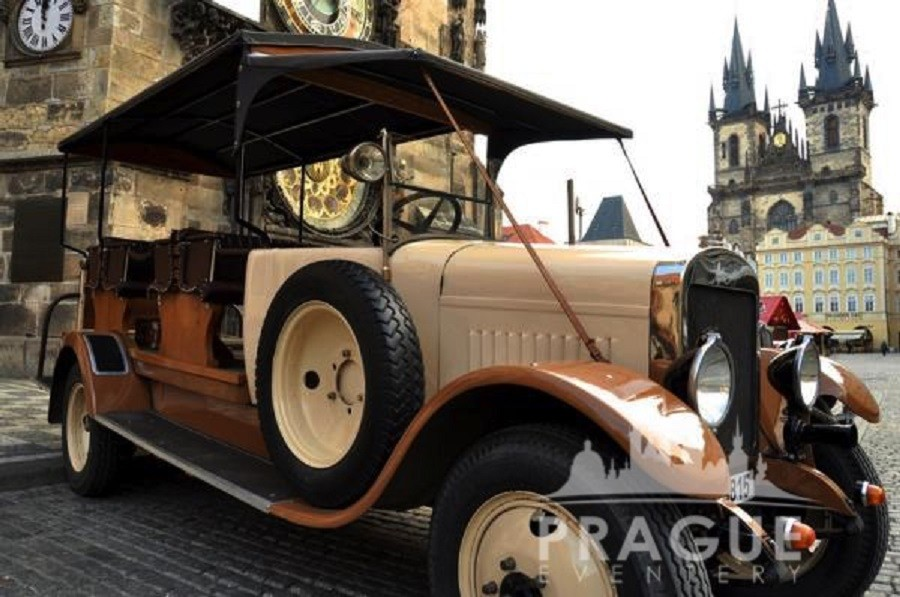 Group Transportation Prague - Antique Cars 1