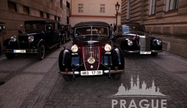 Group Transportation Prague - Antique Cars 7