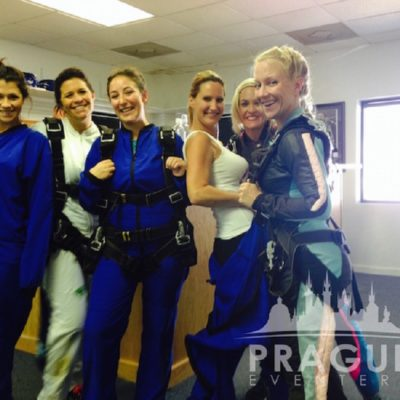 Exciting Teambuilding Prague - Sky Diving 7