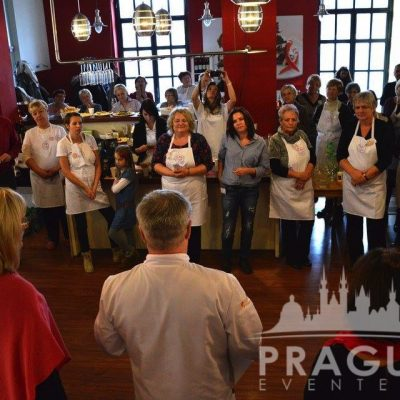 Fun Prague Teambuilding - Cook Your Own Meal 4