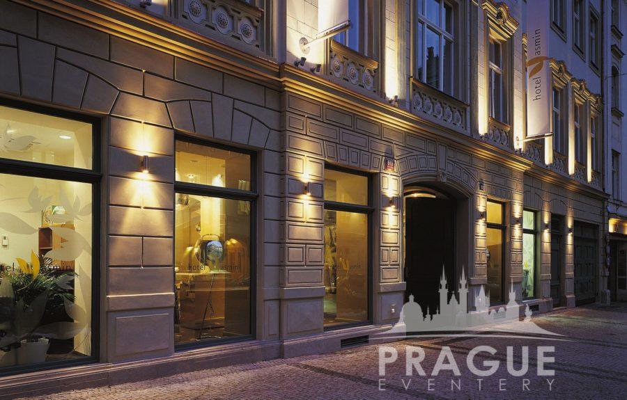 Trendy Prague Group Hotel Yasmin 10